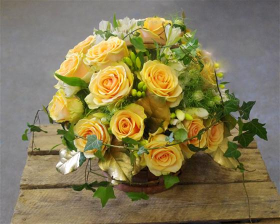 Walter Smith Flowers - Beautiful Rose Basket